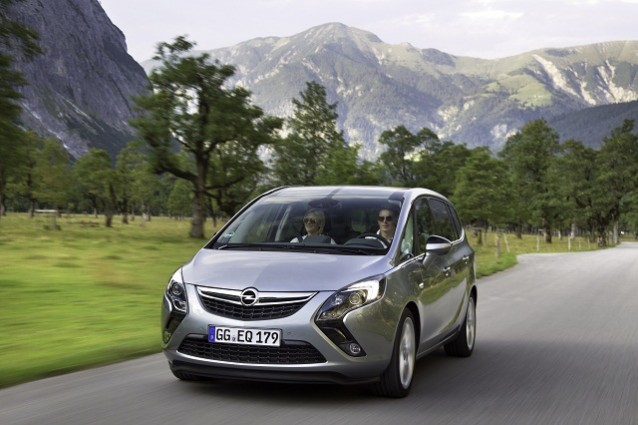 Opel Zafira Tourer: disponibile la versione a metano.