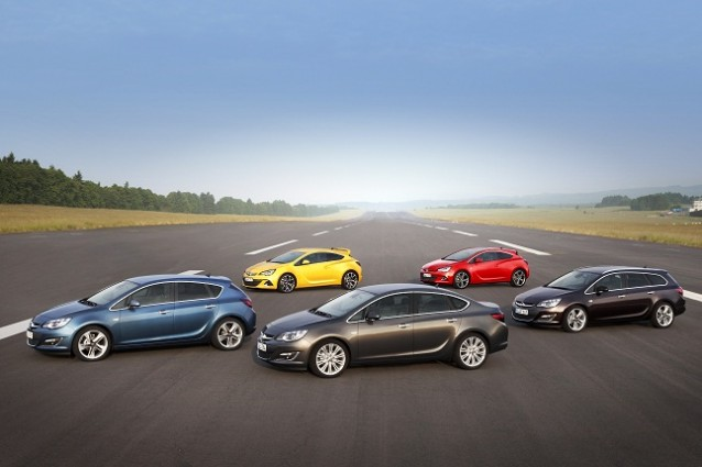 Restyling Opel Astra: l'intera gamma si aggiorna al 2012.