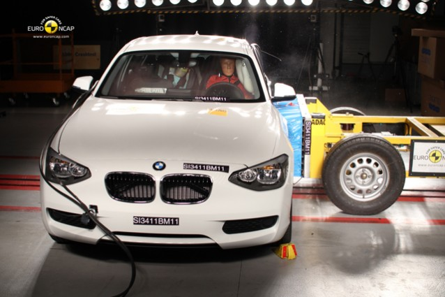 La Bmw Serie 1 si fa trovare preparata e supera a pieni voti i crash test.