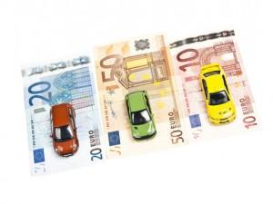 Bollo auto: batosta in arrivo, ecco chi può risparmiare  Auto-euro-300x225
