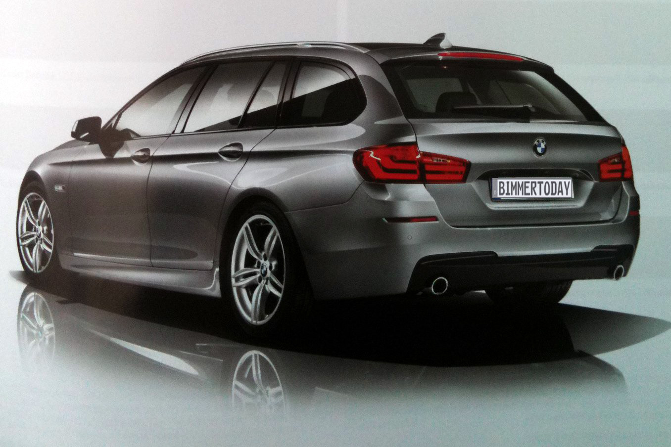 bmw serie 5 m sport package foto inedite motori fanpage. Black Bedroom Furniture Sets. Home Design Ideas