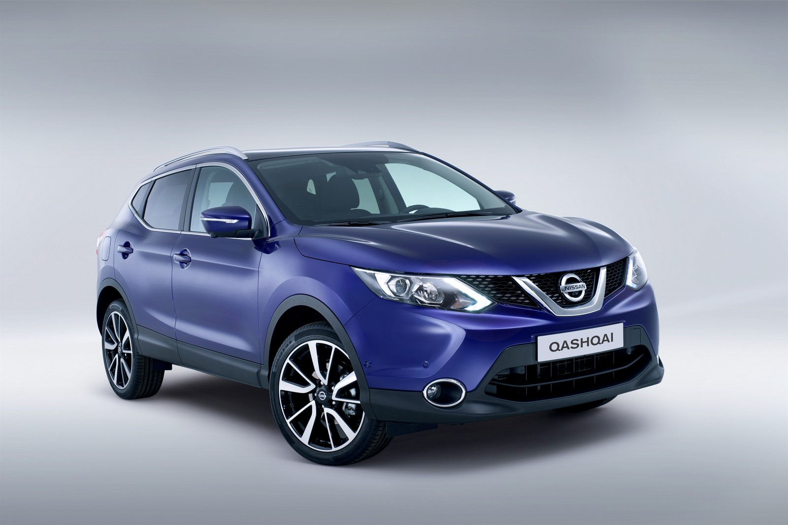 2015 Nissan Qashqai Vs Rogue | Car Interior Design