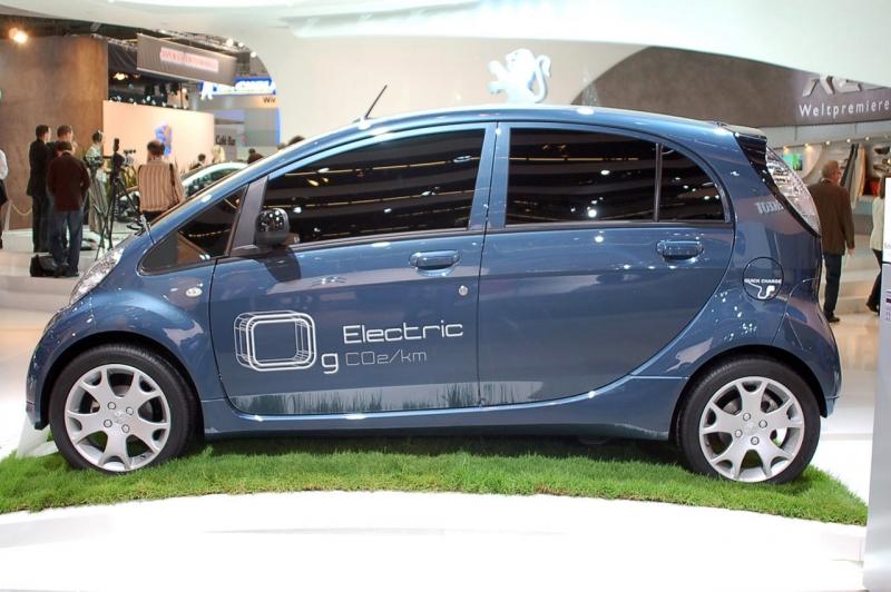Peugeot iOn   Motori Fanpage