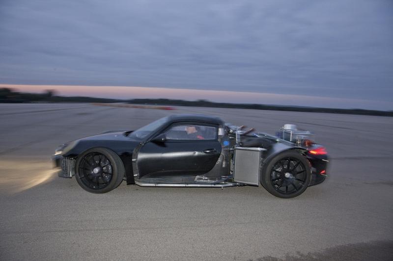 porsche 918 spyder hybrid motori fanpage. Black Bedroom Furniture Sets. Home Design Ideas