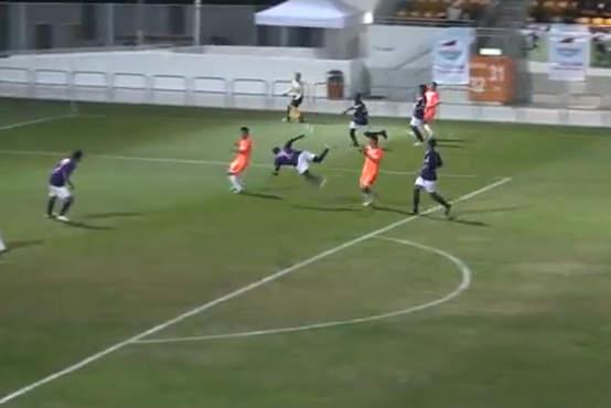 Video Gol Spektakuler Salah Sasaran Dengan Reverse Scorpion Kick - berita Internasional Xtra Time