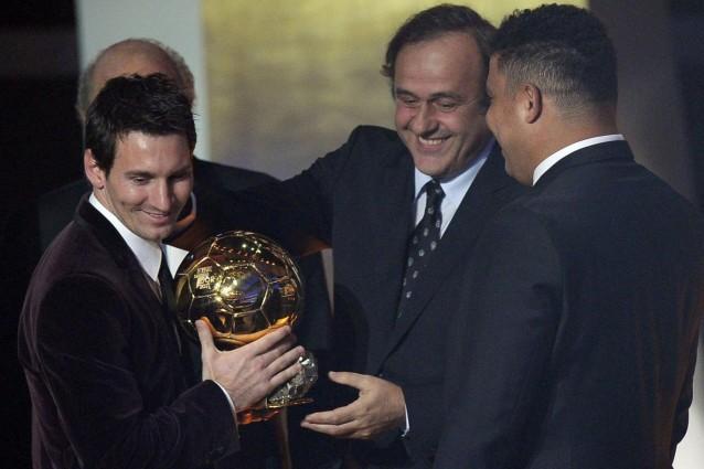 http://static.fanpage.it/calciofanpage/wp-content/uploads/2012/01/messi-doro-638x425.jpg