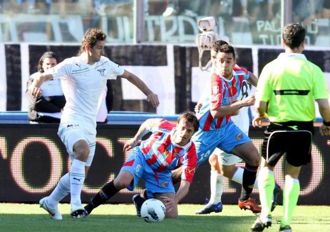 Catania lazio 1 0 legrottaglie fa volare i rossoblu nei for Cammina nei piani della dispensa