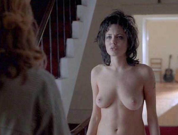 Angelina jolie et elizabeth mitchell sex