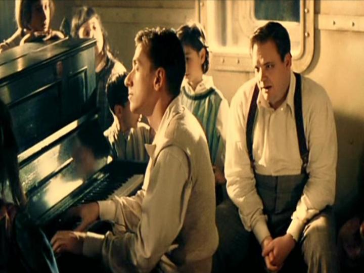 Tim Roth ne La Leggenda del pianista sull\'Oceano (1998)