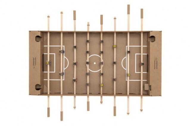 Kartoni il calcio balilla di cartone che si monta in - Calcio balilla design ...