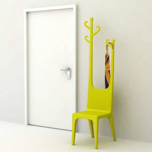 sedia e attaccapanni. Black Bedroom Furniture Sets. Home Design Ideas
