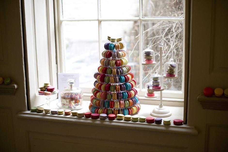 Cake hotel l albergo di dolci che stato divorato in una for Tassa di soggiorno londra