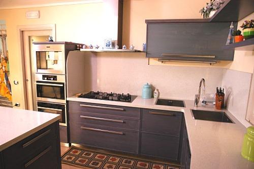 Come arredare la cucina idee per scegliere mobili ed - Elettrodomestici in cucina ...