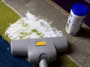 Come pulire i tappeti di casa consigli per non rovinarli coi lavaggi donna fanpage - Come pulire i tappeti in casa ...