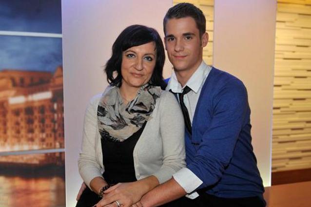Renata 42 anni ama Erwin di 15 anni: sarà mica la fine del mondo?