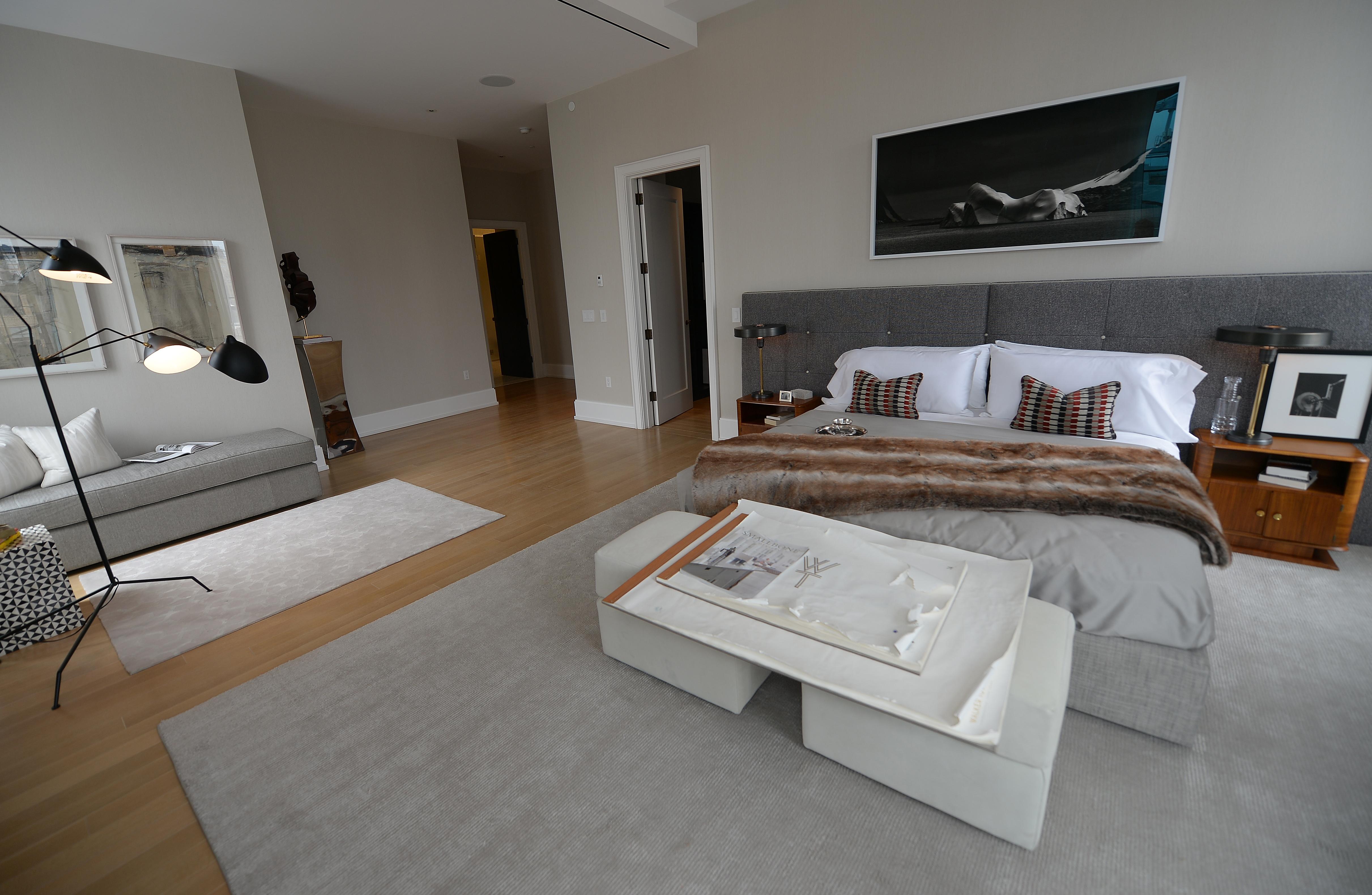 Tende moderne argento - Tinte camere da letto ...
