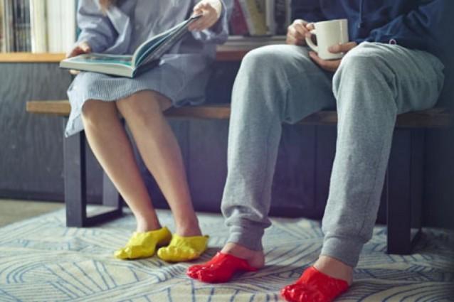 Una fonduta sui piedi: le pantofole su misura da fare in casa (FOTO)