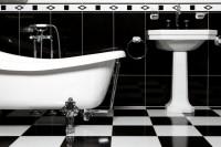 Kamasutra 5 posizioni pericolose da evitare - Fare sesso in bagno ...