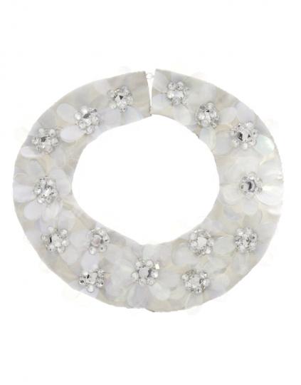 colletto-con-petali-trasparenti-e-pietre-di-asos