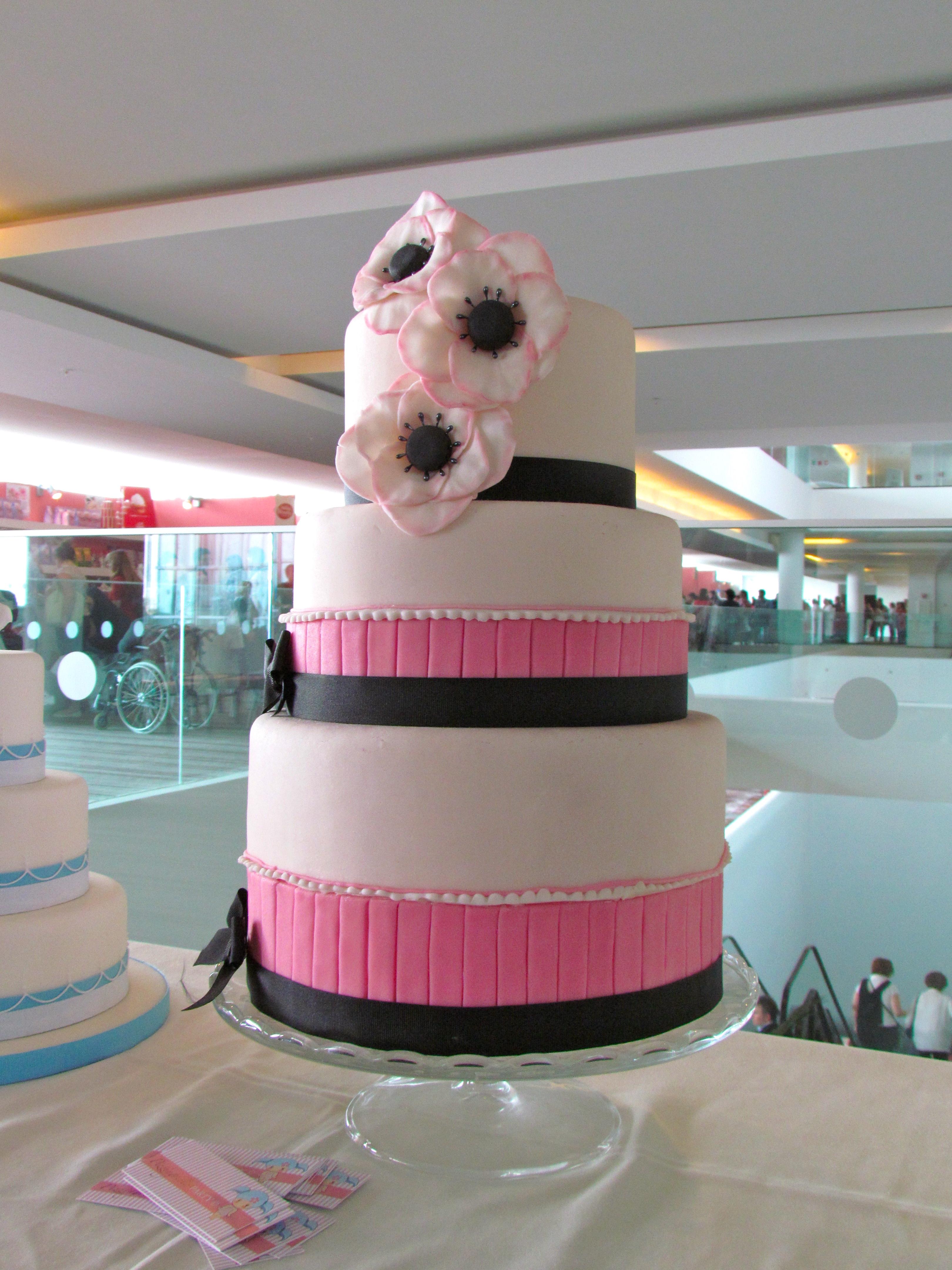 Accessori Cake Design Milano : Torta Con Palla Cake Ideas and Designs