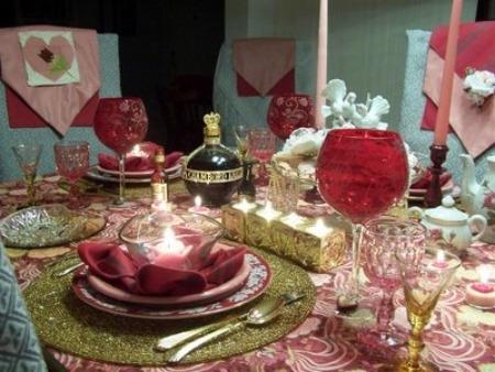 Come apparecchiare la tavola per san valentino donna fanpage - Tavola di san valentino ...
