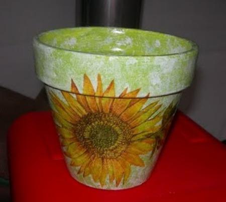 Come decorare un vaso di terracotta tecniche per abbellire - Decorare vasi terracotta ...
