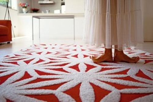 Come disporre i tappeti in casa donna fanpage - Come pulire i tappeti in casa ...