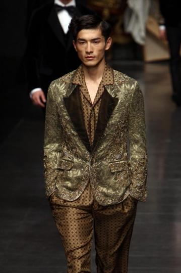 gold-jacket