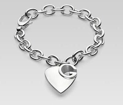 Gli accessori d 39 alta moda per san valentino 2012 donna for Portafoglio gucci leone