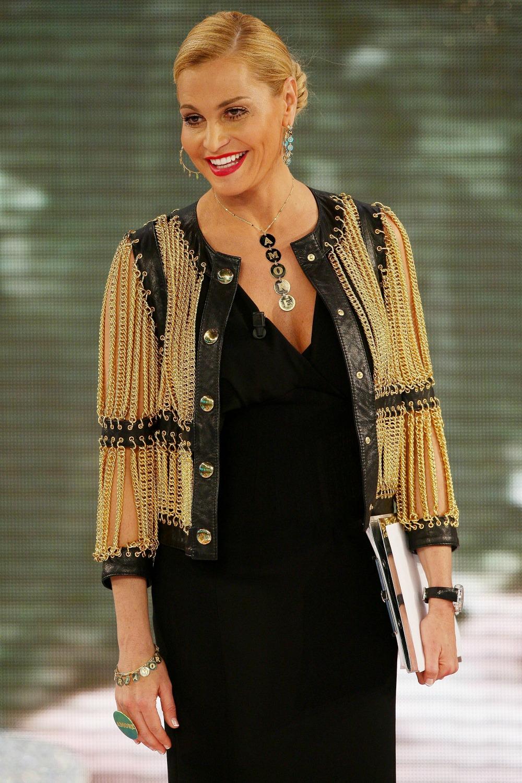 I look di Simona Ventura per X Factor 5