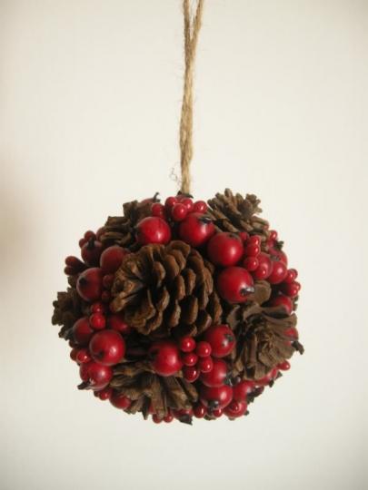 Pigne decorazioni natalizie donna fanpage - Pigne decorate natalizie ...