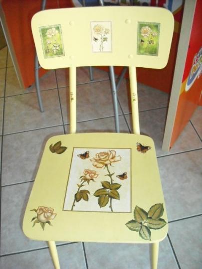 Decoupage, come rivestire le sedie per rinnovare l'arredamento
