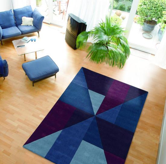 Tappeti moderni rinnova arredamento di casa con colori for Arredamento tappeti