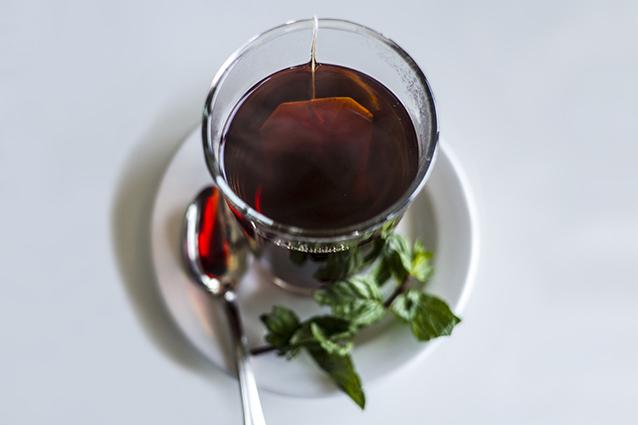 10 buoni motivi per bere una tazza di tè al giorno.