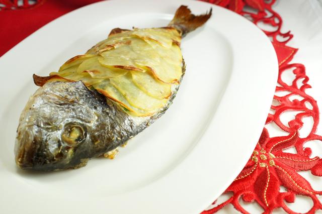 Ricetta filetto di orata in crosta di patate for Secondo di natale