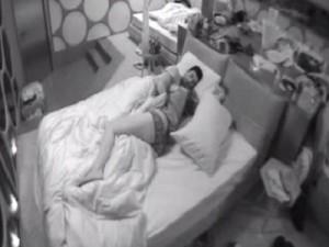 Gf 11 video ferdinando giordano e angelica prima notte - Fratello e sorella a letto insieme ...