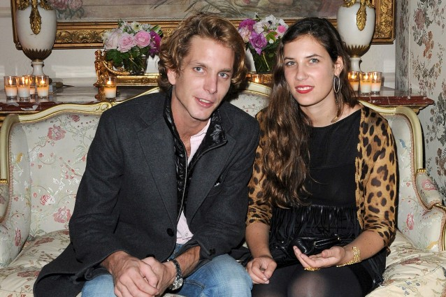 Andrea Casiraghi sposa Tatiana con la benedizione di Carolina.