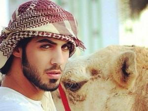 Omar Al Borkan Gala espulso dal suo paese perché troppo bello
