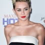 il trucco sbagliato di miley cyrus