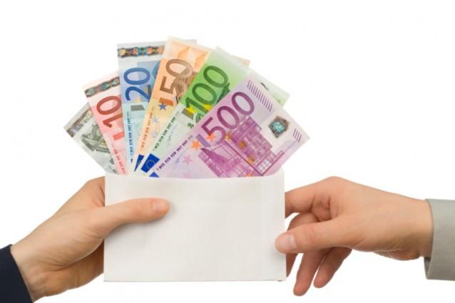 Pagamento stipendi in contanti oltre i 1000 euro solo - Cucina 1000 euro ...