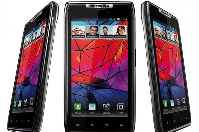 Motorola Razr scontato di circa il 40% su Amazon.it.