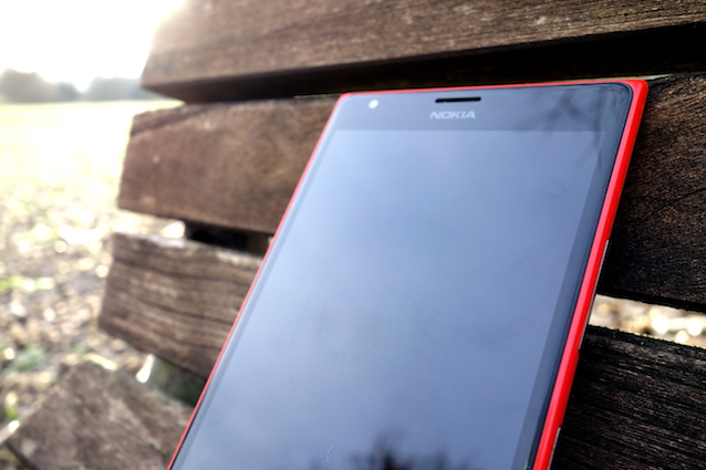 Videorecensione Lumia 1520: il phablet di Nokia è il miglior Windows Phone disponibile.