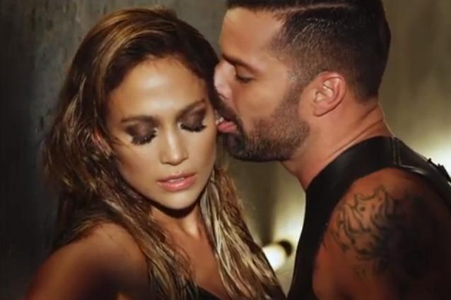 Ricky <b>Martin lecca</b> Jennifer Lopez nel video hot di &quot;Adrenalina&quot; (VIDEO/FOTO - martinlopezadrenalinahot