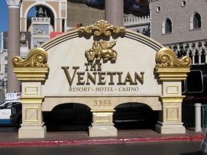 Deep Stack Venetian