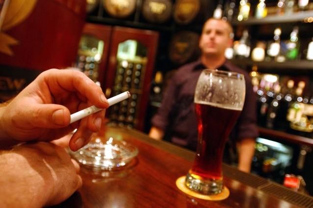 Medicina di alcolismo senza la conoscenza di pazienti