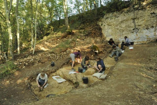 L'uomo di Neanderthal lavorava il cuoio come noi?