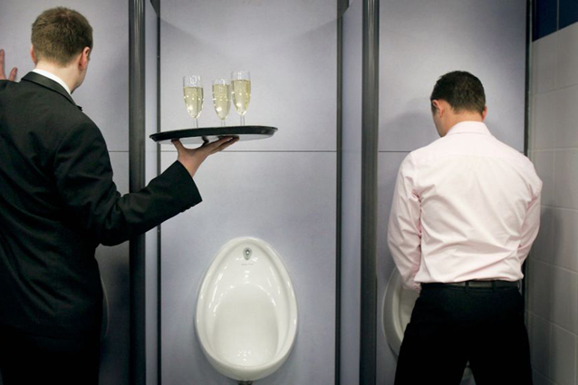 stimolo urinare uomo