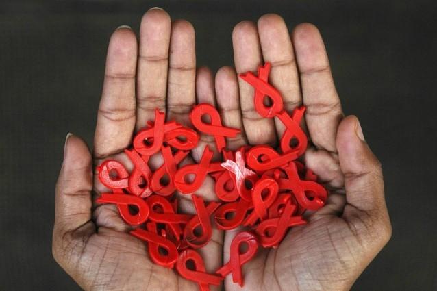 La giornata mondiale contro l'AIDS a oltre trent'anni dalla sua scoperta.