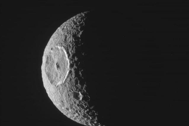 Su Mimas c'è un Oceano.