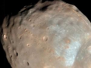 Phobos Grunt alla deriva.